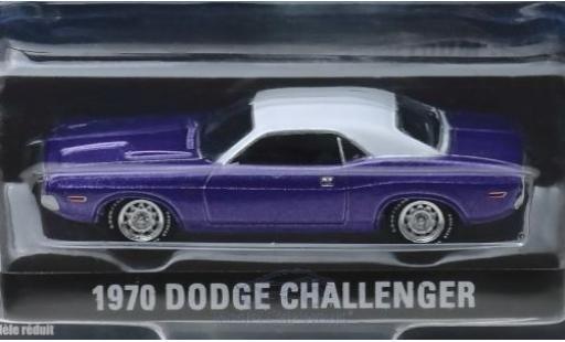 Dodge Challenger 1970 1/64 Greenlight metallise violette/blanche Graveyard Carz miniature