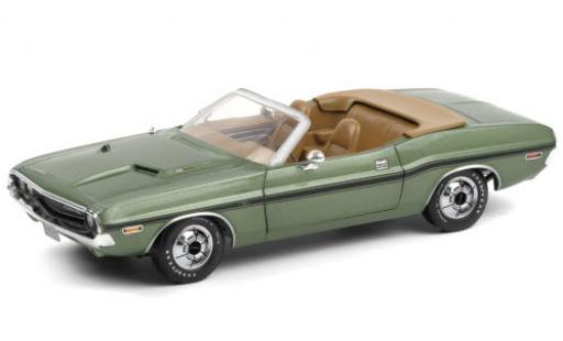 Dodge Challenger 1/18 Greenlight R/T 383 Convertible metallise green/black 1970 diecast model cars