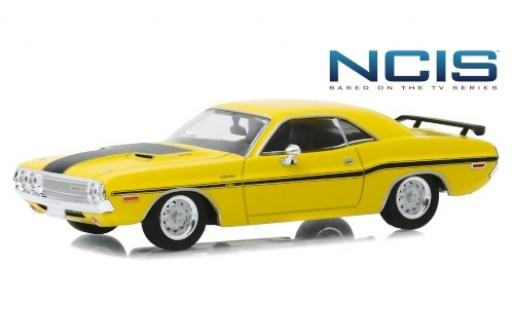 Dodge Challenger 1/43 Greenlight R/T yellow/matt-black NCIS - Based on the TV Series 1970 diecast model cars