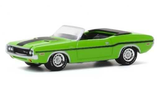 Dodge Challenger 1/64 Greenlight R/T HEMI Convertible green/matt-black 1970 diecast model cars