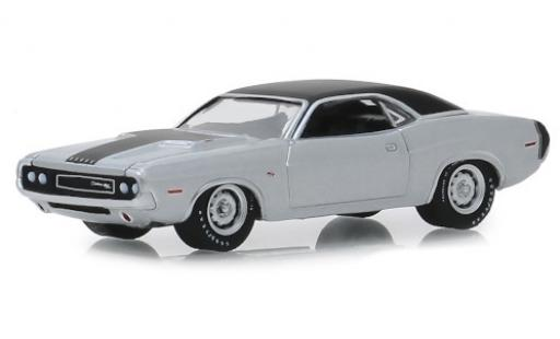 Dodge Challenger 1/64 Greenlight R/T HEMI grey/matt-black 1970 diecast