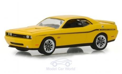Dodge Challenger 1/64 Greenlight SRT 392 jaune 2012 miniature