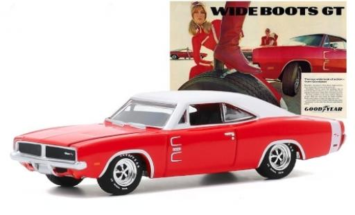 Dodge Charger 1/64 Greenlight R/T rouge/matt-blanche 1969 Goodyear Wide Boots GT miniature