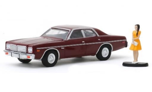 Dodge Coronet 1/64 Greenlight metallise rouge/matt-rouge 1976 avec figurine miniature