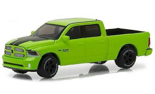 Dodge RAM 1/64 Greenlight Ram 1500 Sport metallise green 2017 diecast model cars