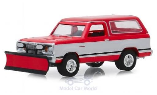 Dodge RAM 1/64 Greenlight Ramcharger rouge/blanche 1977 mit Schneepflug miniature