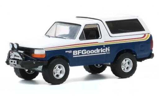 Ford Bronco 1/64 Greenlight blau/weiss BF Goodrich 1992 modellautos