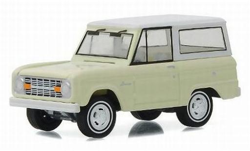 Ford Bronco 1/64 Greenlight beige/white 1966 50th Anniversaire Edition sans Vitrine diecast model cars