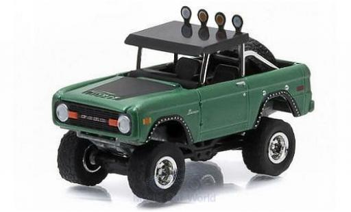 Ford Bronco 1/64 Greenlight metallic-grün/matt-noire 1976 All Terrain Series 3 miniature