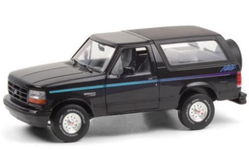 Ford Bronco 1/18 Greenlight Nite Edition black/Dekor 1992 diecast model cars