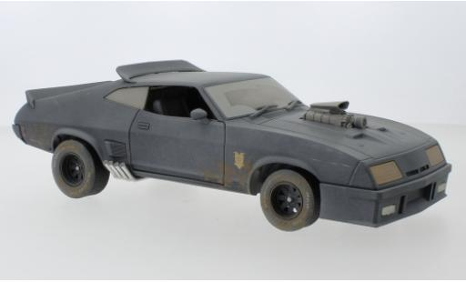 Ford Falcon 1/18 Greenlight XB RHD Mad Max - Last of the V8 Interceptors 1973 avec Verwitterungseffekt miniatura