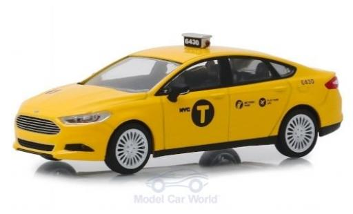 Ford Fusion 1/43 Greenlight NYC Taxi 2013 miniatura
