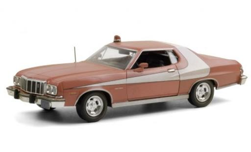 Ford Gran Torino 1/24 Greenlight rot/weiss 1976 Starsky and Hutch (TV-s�rie 1975-79) avec Witterungsspuren modellautos