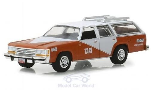 Ford LTD 1/64 Greenlight Crown Victoria Wagon Tijuana Centro Taxi 1988 miniatura