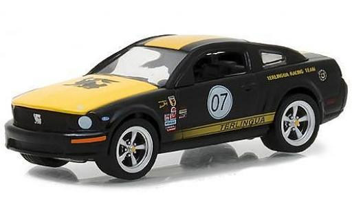 Ford Mustang 1/64 Greenlight 2008 Terlingua Team Car 07 miniature