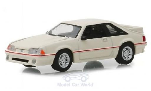 Ford Mustang 1/64 Greenlight 5.0 blanche 1989 miniature