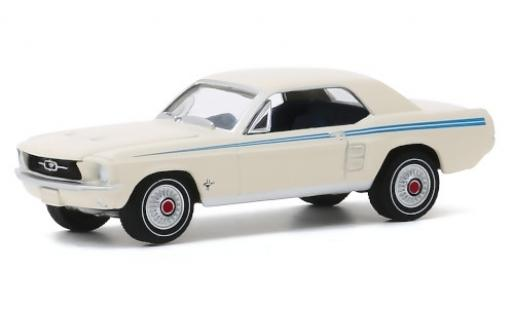 Ford Mustang 1/64 Greenlight Coupe Pacesetter blanche/bleue 1967 miniature