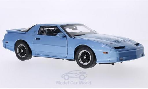 Pontiac Firebird 1/18 Greenlight Trans Am GTA metallic-hellbleue/Dekor 1989 miniature