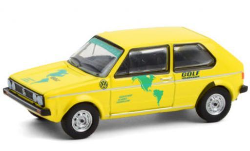 Volkswagen Golf 1/64 Greenlight I amarillo/Dekor 1974 Härtetest: Alaska - Feuerland coche miniatura