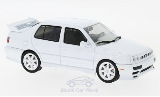 Volkswagen Jetta 1/43 Greenlight A3 blanche 1995 miniature