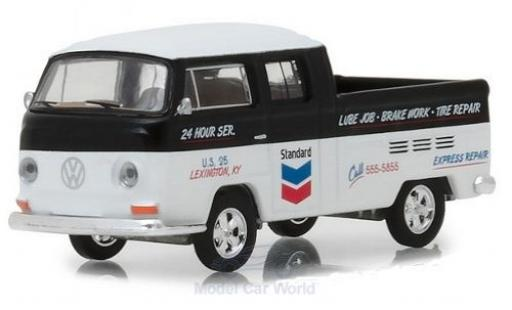 Volkswagen T2 B 1/64 Greenlight Type 2 Double Cab black/white Standard 1968 diecast model cars