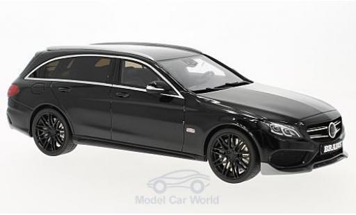 Mercedes Classe C 1/18 GT Spirit T-Modell Brabus B25 noire miniature