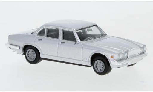 Jaguar XJ 1/87 Herpa 6 grise miniature