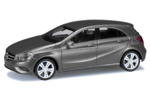 Mercedes Classe A 1/87 Herpa metallise grise miniature