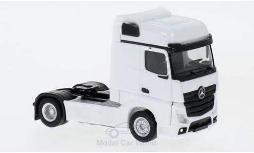 Mercedes Actros 1/87 Herpa Bigspace white 2018 Zugmaschine diecast model cars