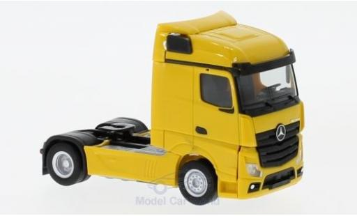 Mercedes Actros 1/87 Herpa Streamspace 2.5 yellow 2018 Zugmaschine diecast model cars