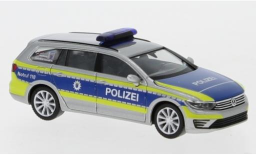 Volkswagen Passat 1/87 Herpa GTE Polizei Hessen miniature