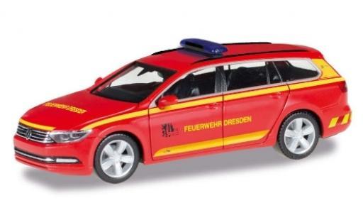 Volkswagen Passat 1/87 Herpa Variant Feuerwehr Dresden 2018 miniature