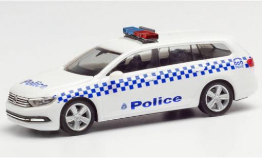 Volkswagen Passat 1/87 Herpa Variant Victoria Police police (AUS) coche miniatura
