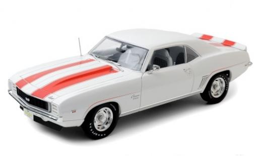 Chevrolet Camaro 1/18 Highway 61 Z10 white/orange 1969 diecast model cars