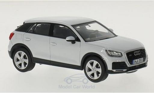 Audi Q2 1/43 iScale blanche miniature