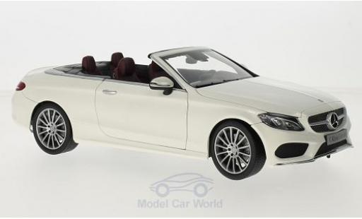 Mercedes Classe C 1/18 iScale (A205) Cabriolet white/red Softtop liegt Bei diecast model cars