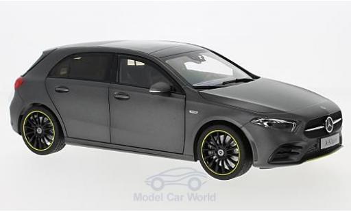 Mercedes Classe A 1/18 Norev (W177) matt-grise 2018 miniature