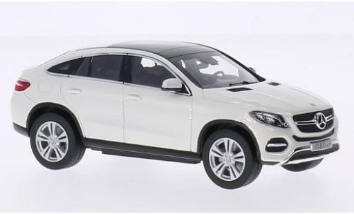 Mercedes Classe GLE 1/43 I Norev GLE Coupe (C292) white diecast model cars