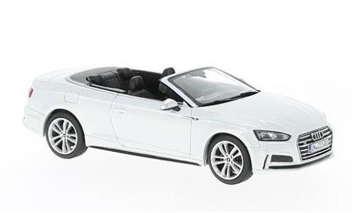 Audi S5 1/43 Paragon Cabriolet metallise blanche miniature