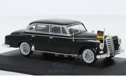 Mercedes 300 1/43 I PCT d (W189) negro 1957 miniatura