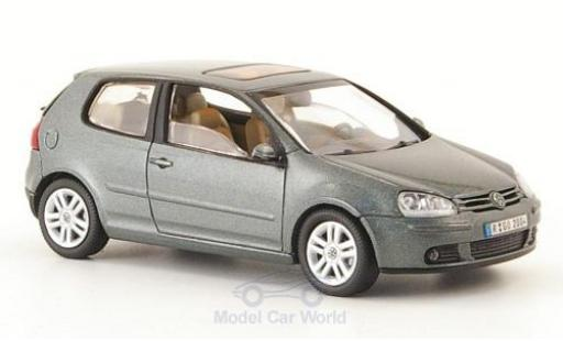 Volkswagen Golf V 1/43 Schuco metallise green 2003 3-Türig diecast model cars
