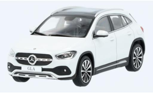 Mercedes Classe GLA 1/43 I Spark GLA (H247) blanche miniature