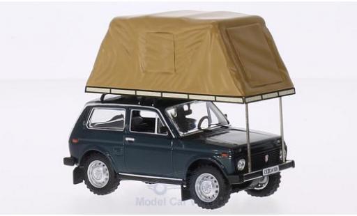 Lada Niva 1/18 IST Models metallise verte 1981 mit Zeltaufbau auf Dach miniature