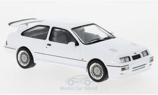Ford Sierra 1/43 IXO RS Cosworth blanco 1987 miniatura