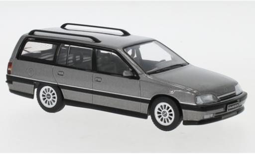 Opel Omega 1/43 IXO A2 Caravan metallise grise 1990 miniature