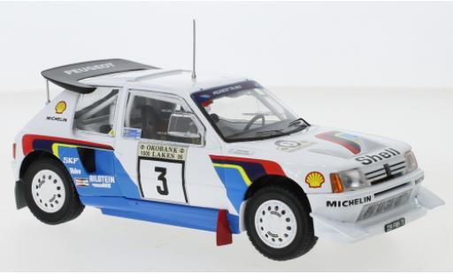 Peugeot 205 1/24 IXO T16 E2 No.3 Rallye WM 1000 Lakes Rally 1986 J.Kankkunen/J.Piironen coche miniatura
