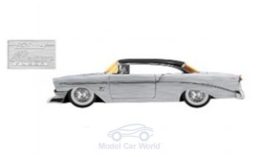 Chevrolet Bel Air 1/24 Jada grey/black 1956 diecast