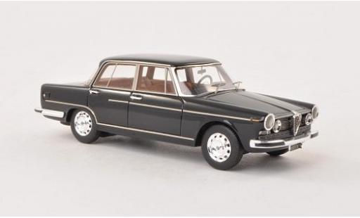 Alfa Romeo 2600 1/43 Kess Berlina black 1962 ohne Vitrine diecast model cars