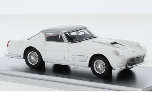Ferrari 410 1/43 Kess Superamerica Series III Pininfarina Coupe blanco/gris 1958 coche miniatura