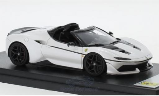 Ferrari J50 1/43 Look Smart métallisé blanche 2016 miniature